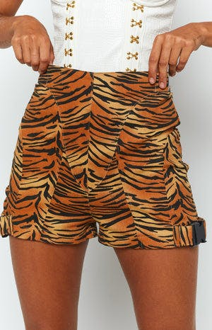 Beckoning Shorts Tiger