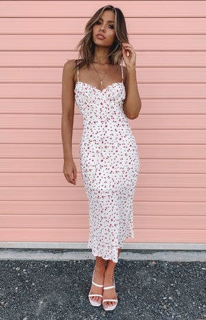 https://files.beginningboutique.com.au/Dory+Midi+Dress+White+Floral.mp4