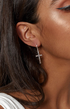 Eclat Maria Cross Earrings Silver