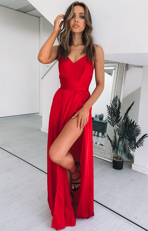 https://files.beginningboutique.com.au/Karina+Split+Maxi+Dress+Red.mp4