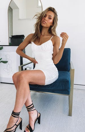 https://files.beginningboutique.com.au/Kenny+Party+Dress+White.mp4