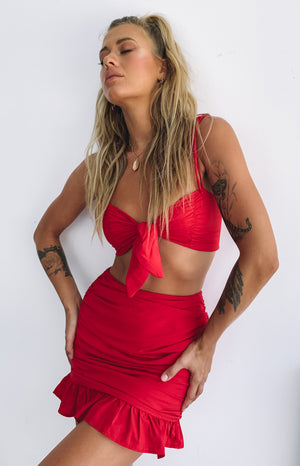 https://files.beginningboutique.com.au/My+Wish+Crop+Top+Red.mp4