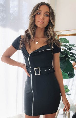https://files.beginningboutique.com.au/Roxanne+Dress+Black.mp4
