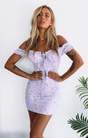 https://files.beginningboutique.com.au/Savona+Dress+Lilac+Floral.mp4