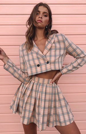 https://files.beginningboutique.com.au/Clueless+Mini+Skirt+Pink+Plaid.mp4