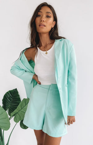 https://files.beginningboutique.com.au/20200219-TEENAGE+DREAM+BLAZER+MINT.mp4