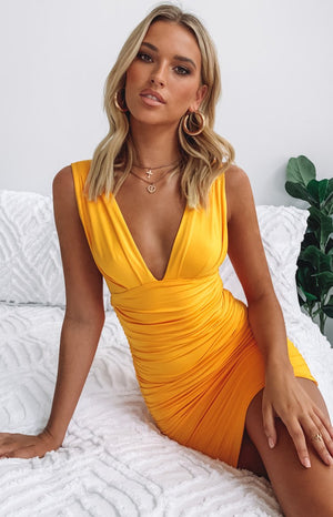 https://files.beginningboutique.com.au/Verity+Dress+Mango.mp4