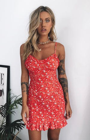 https://files.beginningboutique.com.au/Bonita+Dress+Coral+Red+Floral.mp4